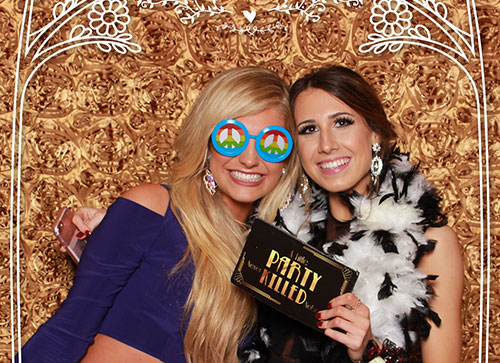 Three Benefits of Having Snaparazzi Photobooth at your Wedding Reception